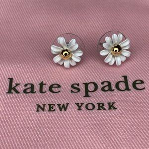 Kate Spade Daisy White Flower Stud Earrings NWT